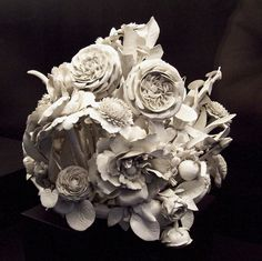 Porcelain flower centerpiece. Made between 1760 and 1784 at the Buen Retiro Royal Porcelain Factory, in Madrid (Spain).
