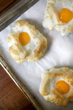Baked egg clouds: the perfect egg recipe for weekend brunch. EGG CLOUDS!  The best and most adorable egg recipe out there. (5