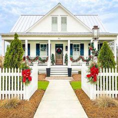 Christmas Home Tours 2021 Habersham Road Atlanta Ga 30305 34 Porch Life Ideas In 2021 Porch Life Porch Design Southern Homes
