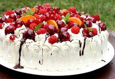 Tort cu fructe Fruit Recipes, Cake Recipes, Dessert Recipes, Cooking Recipes, Desserts, Tasty, Yummy Food, Dessert Bread, Diy Cake