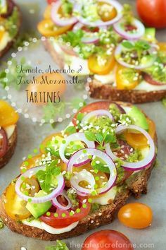These Tomato, Avocado and Fresh Mozzarella Tartines are the epitome of fresh! A delightful, French-influenced open-faced sandwich, they are full of flavor! Tostadas, Sandwiches, Avocado Dessert, Beef Recipes, Cooking Recipes, Brunch, Healthy Snacks, Healthy Recipes, Good Food