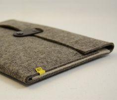 Wool Felt iPad Sleeve / by anonimaMente design