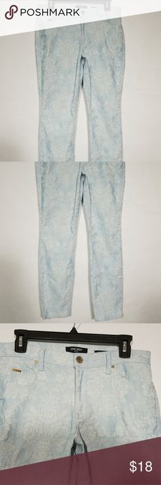 Nine West Blue Floral Pants Size 10 Size 10 floral print Nine West Nine West Pants Straight Leg