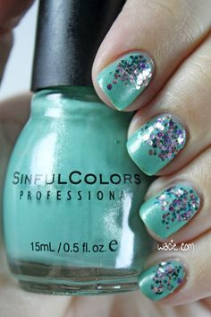 Jazzy Mint Glitter Gradient: Sinful Colors's Mint Apple and Essie's Jazzy Jubilant