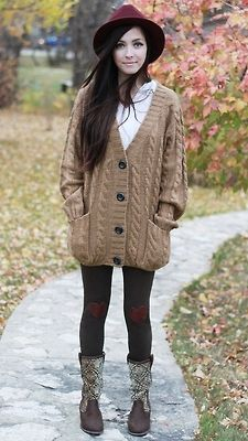Oversized cardigan & heart tights! Yes please!!