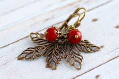 Filigree Leaf and Sponge Coral Acorn earrings by JantarHandcrafted