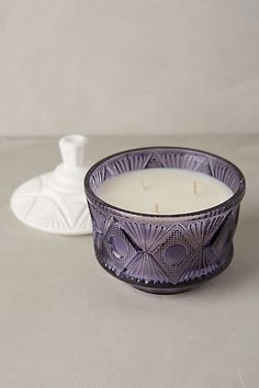 Vintage Paper Royal Apothic Vanity Candle | Juicy pomegranate tops dry oak, Spanish moss, leather and white musk