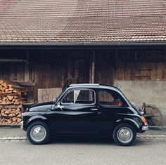 Fiat 500. Fiat in Black is very stylish.