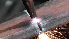 how to cut metal with an oxygen and acetylene torch. This is just a basic overview of how to use an acetylene torch to cut metal. cutting inch steel with.