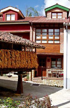 Asturias, El Corral del Tiu Juan, Pruneda (Principado de Asturias) | Flickr: Intercambio de fotos