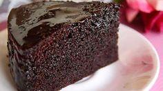 Evde Kendin Yap'ta çok seveceğiniz Kolay Islak Kek Tarifi. Misafirleriniz için ya da aileniz için bu pratik tarifi hazırlayın ve beğenilerini toplayın.