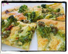 Focaccia z brokułami i kiełbaską - Broccoli And Sausage Focaccia - Focaccia con broccoli e salsiccia