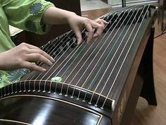 "Guzheng: ""SpringGuzheng Solo Performance ""Spring River Flower Moon Night"" 古筝 - 春江花月夜 This instrument is called ""guzheng"" or gu zheng. Relaxing Rain Sounds, Relaxing Music, Sith, Solo Performance, Folk Music, Music Mix, Kalimba, Chinese Culture, Kinds Of Music"