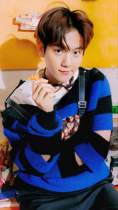 Chanbaek, Exo Ot12, Kpop Exo, Exo K, Baekhyun Wallpaper, Bts Wallpaper, K Pop, Exo Album, Korean Language Learning