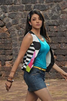 Telugu Actress Kajal Agarwal Hot And Unseen Pics.