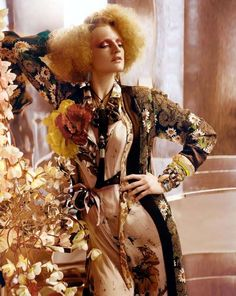 """L'Air Du Temps"" : Guinevere Van Seenus : Vogue UK April 2011 : Javier Vallhonrat Vogue Uk, Vogue Fashion, Fashion Beauty, Botanical Fashion, Chelsea Girls, High Fashion Photography, Quirky Fashion, Famous Photographers, Contemporary Photographers"