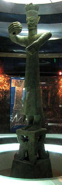 Large Standing Figure Sanxingdui Museum