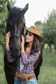 Фотосессия с лошадью. Ковбой. Фотограф Лена Дорри