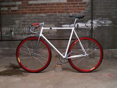 More nice examples to give me inspiration in my fixie quest.