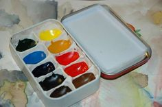 Make watercolor box from an altoid tin