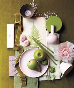 I still love pink and green! Real Simple magazine, August Moss Green, Petal Pink and Olive color palette. (with sea shells too! Colour Schemes, Color Combinations, Color Palettes, Pink Olive, Olive Green, Wall E, Green Accents, Real Simple, Plate