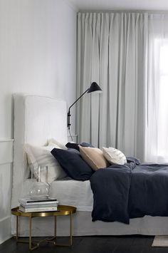 Ellos Home Vägglampa Nathan - Svart - Hem & inredning - Ellos.se Decor, Interior, Small Apartments, Home Decor, Bed, Apartment Inspiration, Inspiration, Interior Design, Bedroom