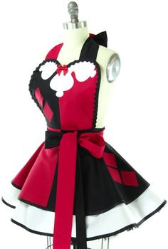 Throwback Harley Quinn Apron. I need this for making  puddin for my Mr. J, or may be even some pies for my puddin's. ;P