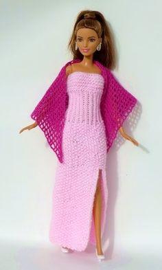 Strickanleitung: Langes Kleid mit Schlitz für kleine Puppen - вязание для кукол Барби, Монстряшек и подобных - Barbie Knitting Patterns, Barbie Patterns, Doll Clothes Patterns, Clothing Patterns, Dress Up Dolls, Barbie Dress, Barbie Outfits, Long Dress Patterns, Knit Baby Dress