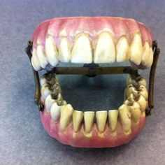 RP by http://drandreahayeck.com Linden NJ's  wonderful family dentist.  Antique dentures.