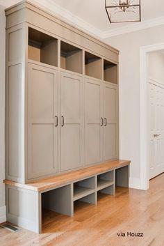 Armoire Entree, Mudroom Laundry Room, Mud Room Lockers, Mudroom Cubbies, Mudroom Cabinets, Bench Mudroom, Entry Way Lockers, Garage Lockers, Hallway Cupboards