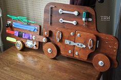 Tablero de ocupado juguetes de madera actividad de por TheRusWood