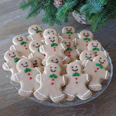 Gingerbread Men, by doctorcookies