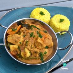 We've had quite a few people asking if we know of a nice, creamy Slimming World friendly curry recipe. So we thought we'd share this Syn Free Creamy Chicken Curryone with you. Although it's not quite as creamy as a korma (and let's face it we're never going to be able to replicate that exactly…