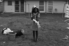2015, Portraits, 3rd prize singles, Lisa Krantz DISCO GIRL 31 October 2014 San Antonio, Texas, USA Amorie West, 8, adjusts her gloves for a Halloween party at her housing complex.