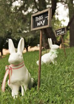 Cute idea for egg hunt sign and love the bunnies