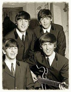 https://www.facebook.com/BEATLESUNIVERSE/photos/a.222410834439910.74491.222243591123301/1428376507176664/?type=3
