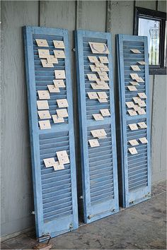 Great idea for escort cards... especially outside or open areas that could get a bit breezy!