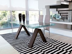 Bildergebnis für contemporary extendable glass dining table Extendable Glass Dining Table, Outdoor Furniture, Outdoor Decor, Contemporary, Modern Kitchens, Home Decor, Image, Dinner Table, Decoration Home