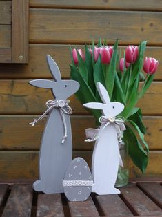 Happy Easter, Easter Bunny, Diy Crafts To Sell, Crafts For Kids, Diy Ostern, Easter Crochet, Flower Centerpieces, Porch Decorating, Woodworking Crafts