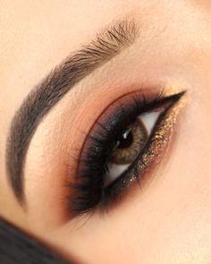 Smokey Eyeshadow Looks, Black Smokey Eye Makeup, Golden Eye Makeup, Orange Eye Makeup, Black Eyeshadow Makeup, Dark Smokey Eye, Nude Makeup, Dark Makeup, Smoke Eye Makeup