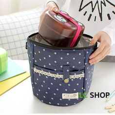 Buy 'Lazy Corner – Dotted Thermal Lunch Bag' with Free International Shipping at YesStyle.com. Browse and shop for thousands of Asian fashion items from China and more!
