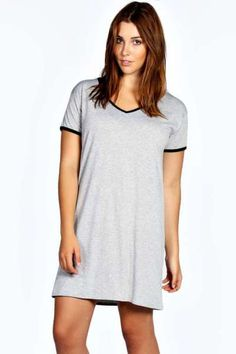 Annie V Neck Dress With Contrast Binding at boohoo.com