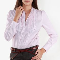 blusa (n.f.) ≠ blouse (n.f.) | Img @ 2BSTYLE.NET