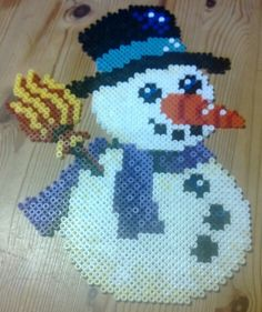 Snowman hama perler beads by Susanne Damgård Sørensen
