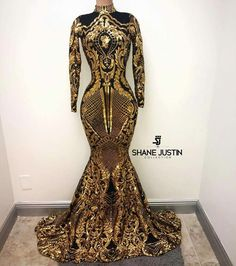 Sparkly bright gold sequin and black lining prom dress with a turtle neck and zipper back. This trumpet floor length long sleeve prom gown is lined with a black thin fabric to minimize the contact of the sequin irritating the skin. Black Girl Prom Dresses, Gold Prom Dresses, Prom Outfits, Homecoming Dresses, Evening Dresses, Summer Dresses, Wedding Dresses, African Prom Dresses, Trendy Outfits