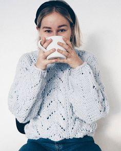 Coffee needed!! Yritän oikolukea mun gradua ja en oo yhtään varma missä vaiheessa siitä tuli 170 sivuinen  #graduttaa #unilife . . . . . . . . . . #coffeebreak #helpneeded #fashionstatement #garnstudio #garnstudiodrops #knittinginspiration #knittedsweater #knitting_inspire #instaknitting #strikkeprosjekt #strikkeprosjekt #strikking #strikkegenser #diyproject #rknits #kuvioneule #patternknitting #springoutfit #springfashion #scandioutfit