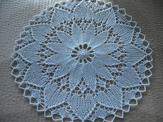 Free Doily Patterns Size 10 Thread | Free pattern: Knitted Lace Doily from 1940's