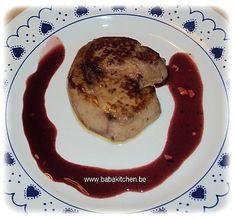 Foie gras frais poelé, sauce au porto et groseilles avec du sel gris de guérande a la truffe d'été (Exclu Delhaize)