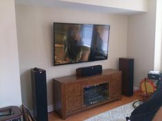 "Our latest install.Sony 70"", Sony ES Receiver, Control4, and Polks new TSx speakers. #cepro #avtweeps #ielectronics (via @joe_tech_guru)"