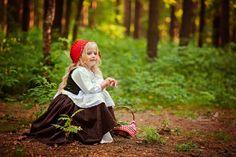Семейный фотограф Курмышева Элина , сказка, лес, красная шапочка, фотосессия, волшебство, девочка